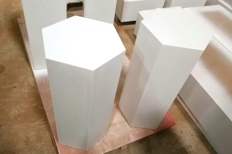white-showcase-05